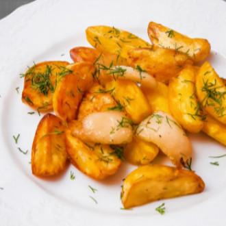 Картопля запечена з салом